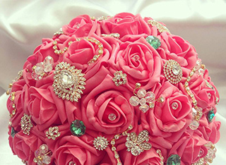 Flowers, Bridal Bouquets, Buttonholes, Corsages, Floral Hair Accessories, Centrepieces