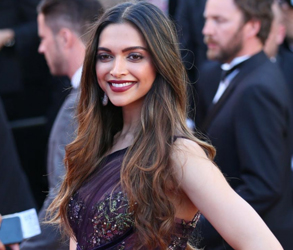 Fashion, Deepika Padukone, Marchesa, Couture, Red Carpet, Reception, Style, Cocktails, France
