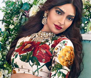 Sonam Kapoor, Anniversary Party, Khush Magazine, 4th Anniversary, Cover Launch, Gini Bhogal, Aashni & Co, Sabyasachi, Red Dot Jewels, Larry Walshe
